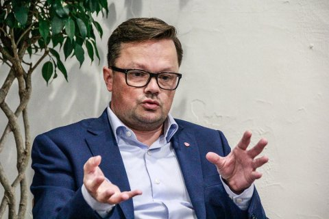 Understreker at planutvalget ikke skal forskjellsbehandle: Aps Atle Ottesen sier politikerne skal behandle alle selskap på samme måte, uansett eierskap. (Arkivfoto: John Johansen)