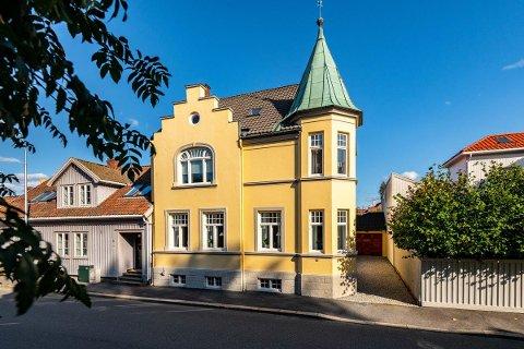 Jugendhuset i Ridehusgata 4 ble nylig lagt ut for salg. Pris: Ni millioner kroner.