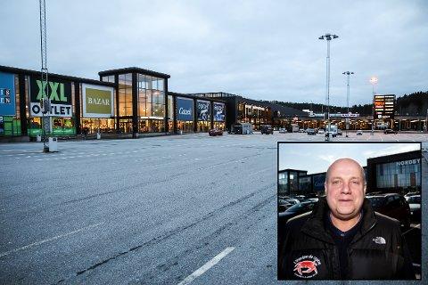 TOMT: – Alt ligger i hendene til Erna Solberg, sier senterleder Ståle Lövheim på Nordby. Der er det ingen om dagen, sier han, som følge av stengte grenser.