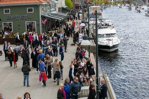 Feiring: 17.300 mennesker ble registrert i sentrumskjernen i Fredrikstad på 17. mai. Det viser mobiltall.