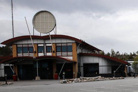 STENGT FOR GODT?: Burger King på Svinesund har stengt dørene og fjernet den velkjente logoen. Om det er på permanent basis har HA ikke fått svar på.