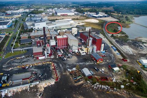 Det er i området mellom dagens Batteriretur og Frevar (med rød ring på bildet) Batteriretur ønsker å bygge sin nye fabrikk for å demontere og gjenvinne materialer fra alle typer batterier.