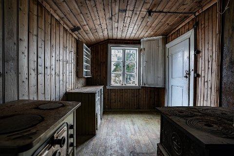 -  Det var en merkelig opplevelse å gå inn i et hus hvor alt hadde vært urørt i rundt 40 år, sier  Trond Christensen. Se flere bilder.: Bruk pilen >