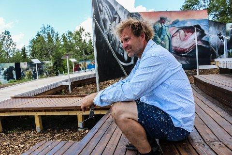 HAR GITT ALT: Vebjørn Sand, har sammen med sin bror, Eimund, åpnet Roseslottet etter tre år med intens jobbing. Nå er alle hans verdier lagt i prosjektet på Frognerseteren i Oslo, forteller han.