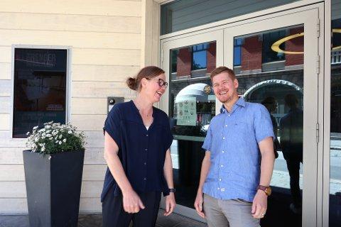 Festivalsjef for Ord i Grenseland, Anne Fjellro, og markedsansvarlig på Litteraturhuset, Perry Olsen, gleder seg til å samarbeide.