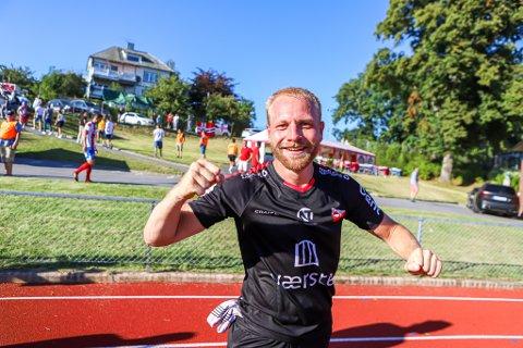 KJELL LEVERTE: Henrik Kjelsrud Johansen opplevde en deilig dag på jobben, da han scoret hat trick mot Kvik Halden lørdag ettermiddag.