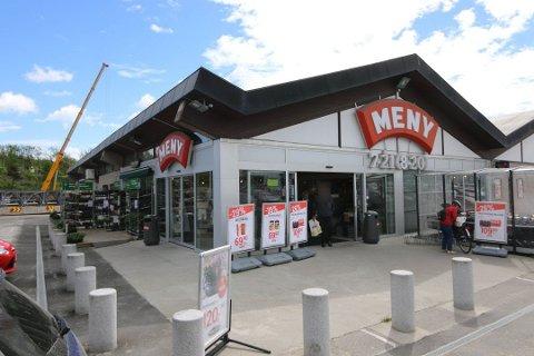 Meny Ørebekk er én av butikkene som kan bli streikerammet fra lørdag morgen.