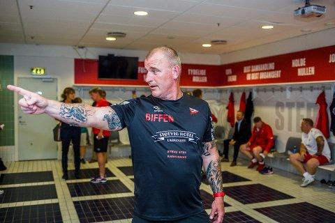 Lars Petter Hansen trener FFKs gatelag. Han er glad for at hans spillere nå kan trene som normalt. - Frafallet har vært stort, men vi håper at spillerne sakte, men sikkert kommer tilbake nå, sier han.
