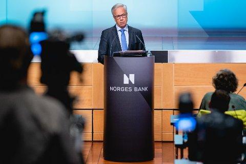 Sentralbanksjef Øystein Olsen tror styringsrenta vil bli holdt på null prosent en god stund framover. Foto: Stian Lysberg Solum / NTB