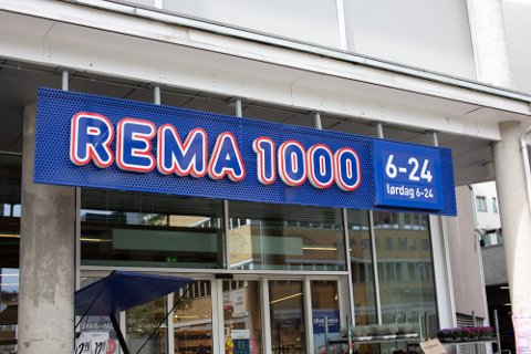 UNNGÅ HAMSTRING: Rema 1000 ber kunder unngå hamstring, til tross for varslede strengere tiltak.  Foto: Alexander Winger (Nettavisen)