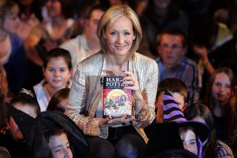 Forfatter J.K Rowling som blant annet har skrevt Harry Potter-bøkene har fått mye hets etter sine uttalelser om transpersoner.