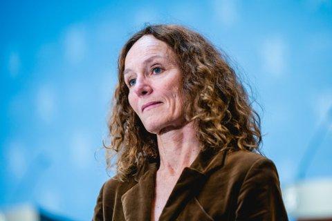 Direktør i FHI, Camilla Stoltenberg tror på snarlig lettelser i de strenge korona-tiltakene.