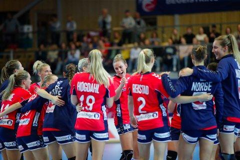 Emilie Hegh Arntzen etter kampen mellom Norge - Slovenia i Nadderud Arena. (Foto: Vidar Ruud / NTB)