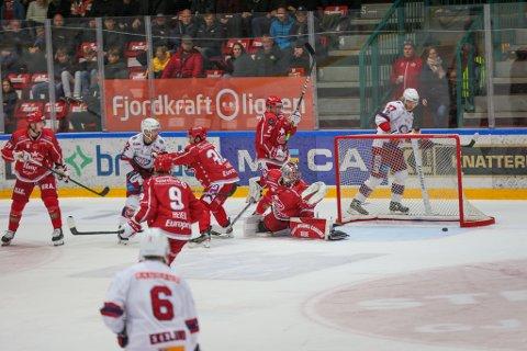 Jørgen Hanneborg leverte en ny sterk kamp, men måtte til slutt gi tapt. Vålerenga vant etter sudden death.