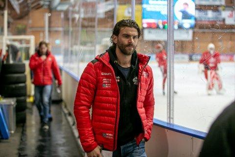Stjernen-trener Lasse Fjeldstad lever i håpet om at det snart skal spilles om poeng igjen.