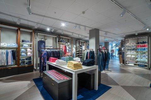 Merkevaren Gant får en egen butikk i Fredrikstad på det kommende Værstetorvet. Nå er 50 prosent av utleiearealene i det planlagte kjøpesenteret signert, forteller daglig leder i Bjølstad Utvikling, Magnus Fredriksen.