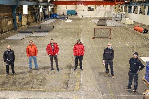 Her blir det senter for lek, moro og trening. Fra venstre: Alexander Nilsen, Petter Normann Hansen, Roy Freddy Andersen, Christer Olsen, Lars-Thomas Stene og Henrik Utter.