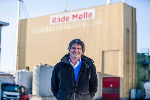 Kråkerøy-mannen Lars Kåre Linnerud har vært daglig leder ved Råde Mølle i over tre år. Nå er det slutt.