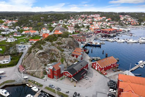 Installatørene invest skal bygge leiligheter og næringslokaler i to byggetrinn under Kollen på Skjærhalden.