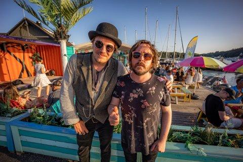 Artist Dylan LeBlanc og restaurantsjef  Kenneth Kas har blitt gode kompiser.