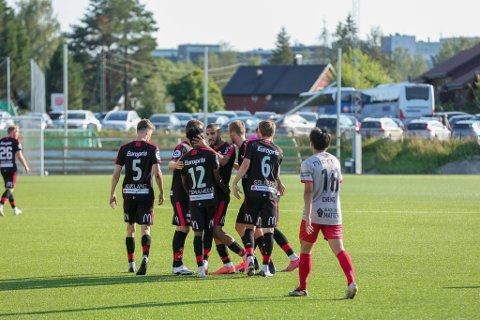 PENT: Taofeek Ismaheel satte inn en flott scoring da han utlignet til 1-1 på Strømmen stadion onsdag.