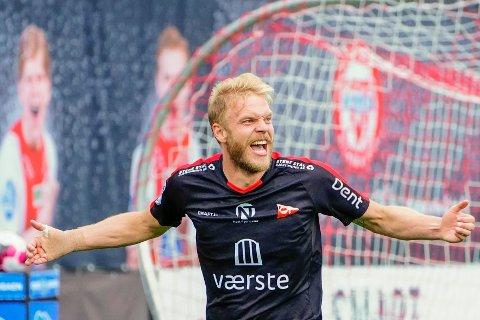 Mads Nielsen har scoret tre mål denne sesongen. Det er midtstopperen godt fornøyd med.