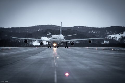 Lufthavnsjefen forventer en økning også i chartertrafikken til og fra Evenes neste år.