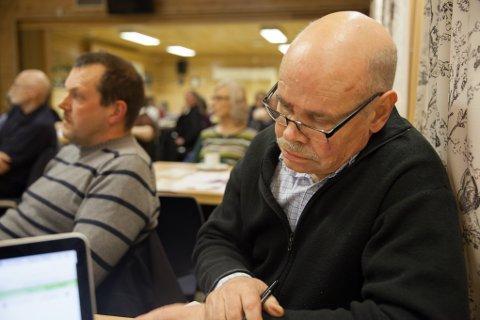 HALVERT: Høyres partigruppe i Evnes kommunestyre er halvert etter  helga. I kveld er det møte for i diskutere ordførervalg - blant annet.