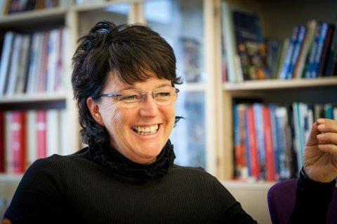 Marianne Bremnes frykter at de som bor sør for Tromsø blir avglemt når Troms og Finnmark skal slås sammen. Nå håper hun på samarbeid med Nordland.