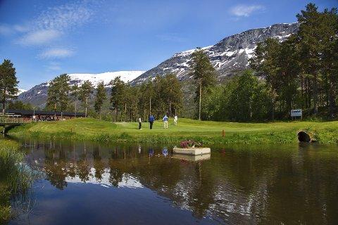 PERLE: Golfparken i Skjomen er det lille ekstra i tillegg til alt det andre nordnorske som gjør regionen verdt å besøke, ifølge eksperter.