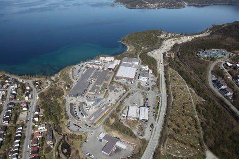 Stort, og nesten helt tomt. 15.000 kvadratmeter industribygg i Teknologibyen i Narvik – med kun en leietaker, som leier vel 1.500 kvadratmeter.
