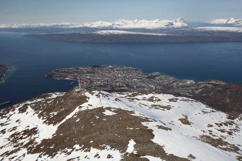 Lørdag ble en motorsyklist skadet under filminnspilling i Narvikfjellet.
