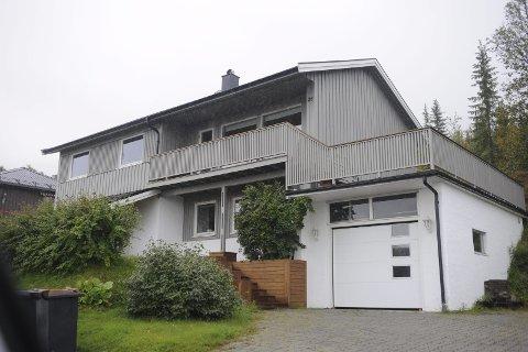 Reinveien 28: (Gnr 40, bnr 823) er solgt for kr 3.800.000 fra Kristian Andreassen og Astrid Olderøy til Idunn Kjølle og Stein Erik Hansen (22.07.2016)