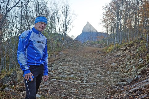 OPPJUSTERT: Torbjørn Sneve, drifts- og løypeleder i Narvik skiklubb, er overbevist om at de aller fleste vil sette pris på de nye løypene i Tøttadalen.