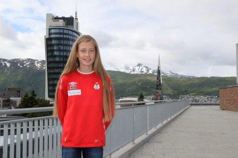Mina Frantsen er blant de lokale fotballspillerne som skal på sonesamling i Narvikhallen kommende onsdag.