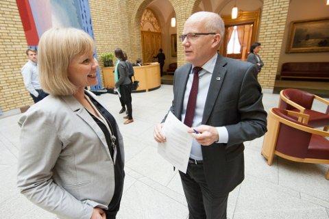 Hårek Elvenes (H) og Åsunn Lyngedal (Ap) er samstemte om Forsvarets planer på Evenes. Hårek Elvenes mener representantforslagene som kom tirsdag ikke var overraskende.