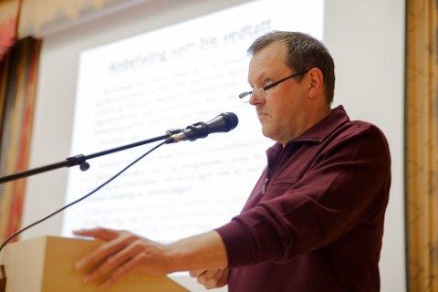Petter Paulsen (H) er en av to Høyre-politikere som melder seg ut av partiet før valget er endelig.