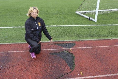 MÅ VENTE LITT TIL: Kari Ann Nygård og Narvik IL.