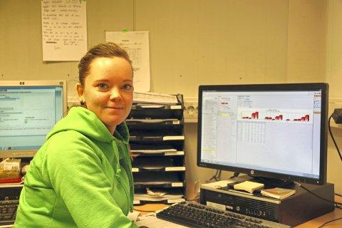 FRUSTRERT: Miriam Moen Ellingsen, butikksjef ved Kiwi Ankenes, er overrasket over vedtaket og håper det ordner seg. Arkivfoto: Odd-Georg H. Benjaminsen.
