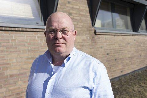 LEI: Nils Ragnar Jensen har sett seg lei på de nasjonale tiltakene om skjenkestopp klokken 22. Han ønsker regionale eller kommunale tiltak. Arkivfoto