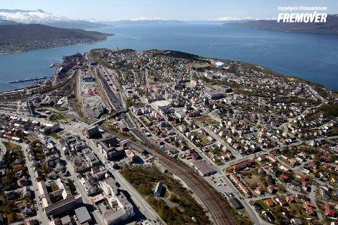 Flyfoto, Narvik, Frydenlund, Demag, LKAB, Narvik rådhus, rådhuset, jernbane, malmkai