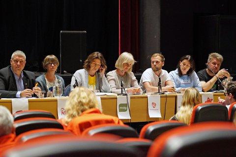 TAMT: Debatten bar preg av at Høyre og Fremskrittspartiet ikke kunne stille.