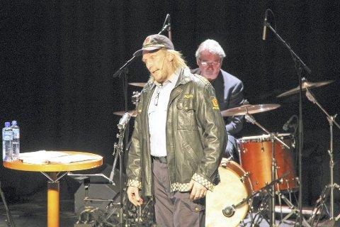 HAR BLITT SYK: Frank Arne Olsen, her som karakteren «Kliff Arne» under et show i Narvik i 2015. Arkivfoto: Odd-Georg H. Benjaminsen.