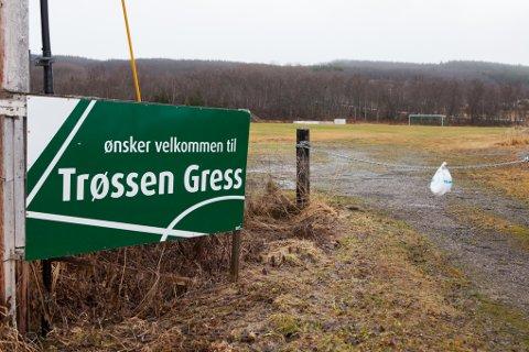 Trøssen, SOIFs gamle hjemmebane, kan bli midlertidig base for ambulansehelikopteret som i dag har base på Evenes. Ifølge Luftambulansetjenesten HF eies området av idrettslaget.