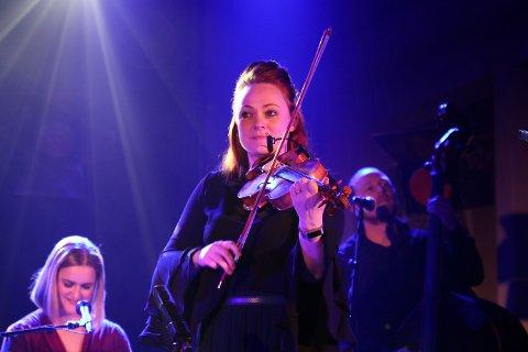 KONSERT: Ragnhild Furebotten har konsert på båtmuseet i Gratangen onsdag 2. juni. Arkivfoto: Monia Buyle