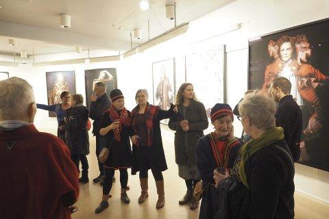 Utstilling: Det var stor interesse for den nye utstillingen på Arran som åpnet på samenes nasjonaldag.