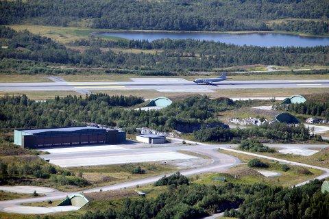 I løpet av 2021 er fasilitetene til de nye kampflyene og maritime patruljeflyene på Evenes flystasjon planlagt å stå klar.