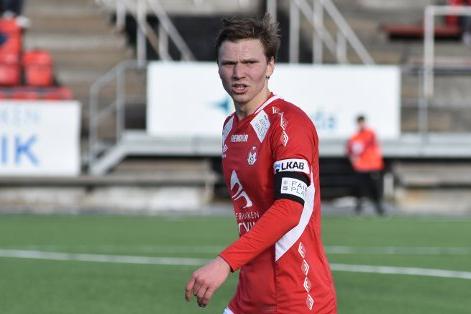 SJOKKSEIER: Tidligere TIL-, FIL-, og TUIL-spiller Mathias Johnsen ledet Mjølner til seier over Fredrikstad søndag.