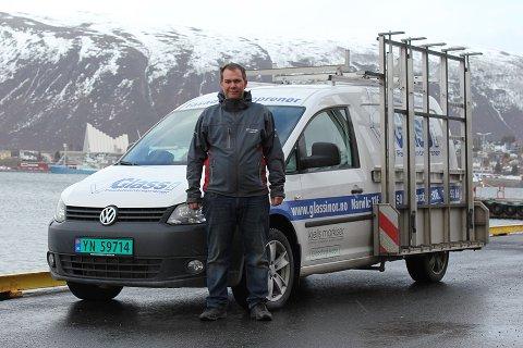 Andre Strømsnes Verbaan har flyttet fra Narvik til Tromsø. Det blir det nytt avdelingskontor i Glass i Nor av.