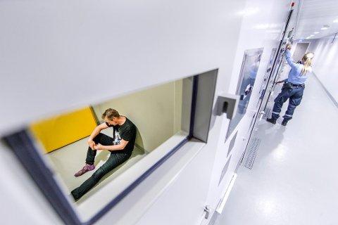 I dagens regelverk setter en forskrift en frist på to døgn for overføring fra glattcelle til ordinær varetektscelle. Foto: Gorm Kallestad, NTB scanpix/ANB